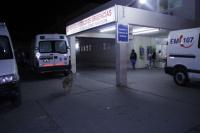 Dos policías hospitalizados: los atacaron a pedradas en un procedimiento