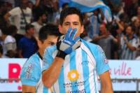 Espectacular mano a mano con Carlos Nicolía, uno de los referentes de la Selección de Hockey