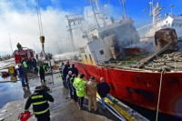 Puerto Madryn: se incendió un pesquero con los tanques llenos de combustible