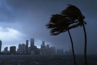 El huracán Irma sigue sembrando temor en Florida: el gobierno ordenó una evacuación masiva