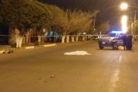 Murió una mujer tras ser atropellada por un auto que luego se dio a la fuga