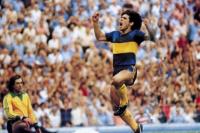 Pusieron a la venta la camiseta que usó Maradona en Boca y se agotó en menos de un día