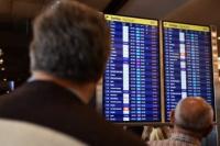 Reprograman vuelos de Aerolíneas y Austral en Aeroparque por asambleas