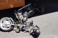 Un motociclista murió tras chocar con un camión