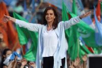 Cristina Kirchner viaja a Santiago del Estero para iniciar su campaña electoral