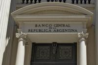 Por caídas en indicadores económicos, crece el riesgo de default e hiperinflación