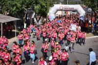 Con gran convocatoria, Chimbas corrió contra el cáncer de mama