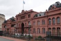 Evacúan la Casa Rosada por una amenaza de bomba