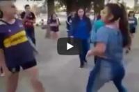 Mujeres se agarraron a las piñas por una gaseosa