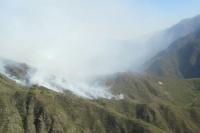 Incendio en Valle Fértil: la escuela cercana donde se produjo el fuego no corre peligro