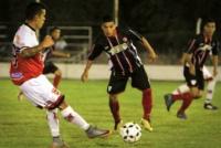 Peñarol venció a Trinidad y se acerca a la zona de clasificación