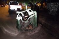 Otra vez: quemaron y destrozaron contenedores en dos barrios de Rivadavia