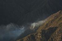 Incendio: la situación sigue igual y aún esperan el avión hidrante