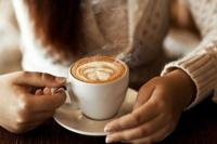 Tomar varias tazas de café disminuye el riesgo de enfermedades hepáticas