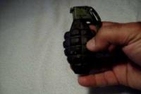 Gran susto: dos niños jugaban con granadas en un baldío de Chimbas