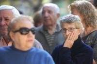 Jubilados y pensionados recibirán un incremento del 5,7%