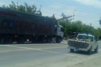 Un camión embistió a un transformador eléctrico en Caucete