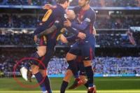¡Lo que le faltaba! Messi dio descalzo la asistencia del tercer gol
