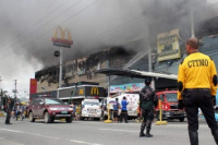 Filipinas: 37 personas murieron por un incendio en un centro comercial