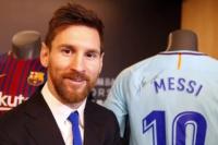 Revelan una cláusula secreta en el nuevo contrato que firmó Messi con el Barcelona