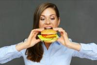 Advierten que el consumo de carne procesada acrecienta el riesgo de contraer cáncer mama