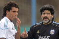 Maradona salió a bancar a Tevez