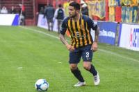 Elías Gómez, el lateral que reemplazaría a Casierra