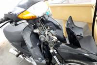 Ladrón se llevó todo: un casco, los espejos de una moto y hasta una bolsa con supremas