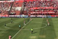 Negativa visita de San Martín: perdió 2-0 y jugó con dos menos