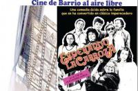 Cine de barrio al aire libre en Capital