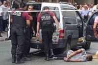Más de 40 disparos, al menos tres heridos y dos detenidos en un tiroteo en pleno centro porteño