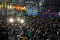Legalización del aborto: Miles de personas marchan frente al Congreso