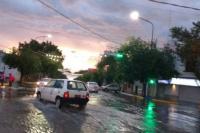 La tormenta despertó a los sanjuaninos y sigue hasta el jueves