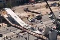 Colapsó un puente peatonal en Miami, hay varios muertos y heridos