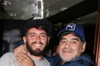 Diego Jr, hizo que Maradona fuese abuelo otra vez