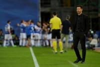 El Atlético del Cholo fue goleado y le dejó el título servido al Barcelona