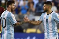 Sampaoli se reunió con Messi y Agüero en Barcelona