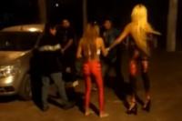 Viral sanjuanino: trans peleando en la puerta de un boliche