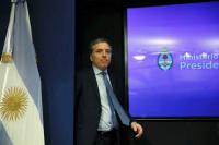 Tras los rumores, Nicolás Dujovne participa de una reunión de Gabinete en Olivos