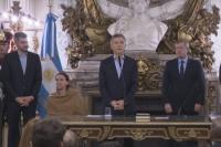 Mauricio Macri tomó juramento a los nuevos ministros de Producción y Energía