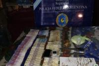Secuestraron drogas y más de 70.000 pesos en dos allanamientos