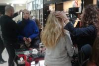 El Balcón agasajó a sus clientas con una tarde de makeup
