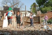 """Un estudio universitario reveló que """"los niños son los principales afectados"""" de la pobreza"""