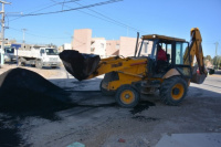Comenzó la pavimentación del Barrio Olivares de Natania