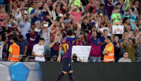 Con un doblete de Messi, Barcelona goleó al Alavés