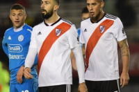 River recibe a Argentinos con la obligación de ganar y conseguir su primer triunfo
