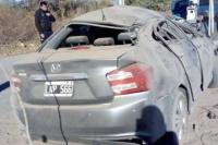 Volcó tras perder el control de su automóvil