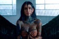 Cande Tinelli estrenó el videoclip de