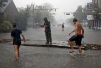 Dolor en Carolina del Norte tras el paso de Florence: Hay al menos cinco muertos