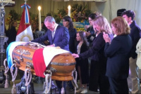 Dolor y llanto: así es el último adiós a José Manuel De La Sota